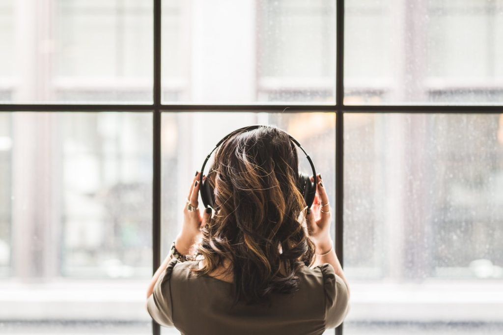 listen to music for relieve stress
